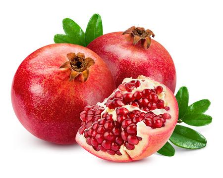 석류는 흰색 배경에 고립