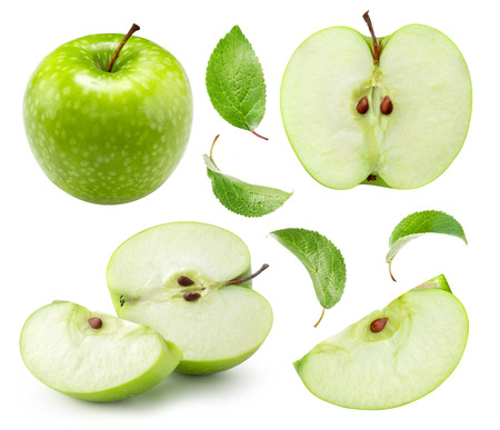 Apple halb isoliert auf weiss. Sammlung von Apple-Beschneidungspfaden. Professionelle Studio-Makroaufnahmen