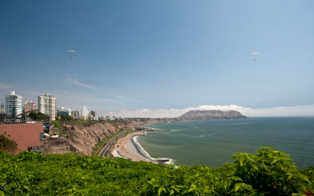miraflores district: Paragliders over Miraflores, Lima