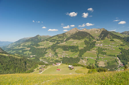 sonntag: Walser Valley, Austria Foto de archivo