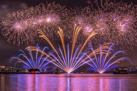 salut: Fireworks