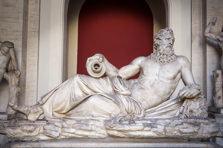 Marmor-Statue von Zeus Standard-Bild - 52500455