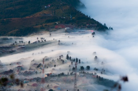 murk: Thick haze overtaking the mountain sides field