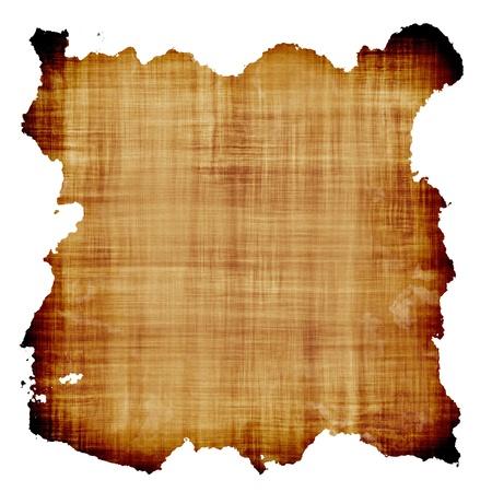 papel quemado: El papel de pergamino antiguo sobre fondo blanco