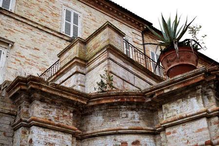 bonaparte: Wall Villa Bonaparte