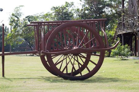 carreta madera: Carro de madera antigua de Tailandia