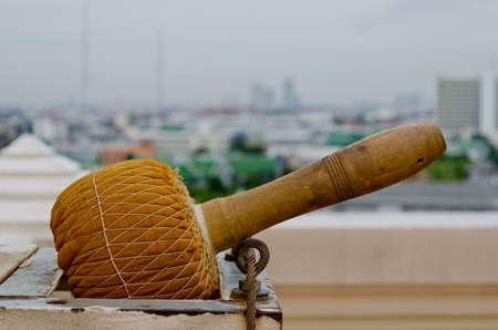Gong: Gong  overlooking Bangkok