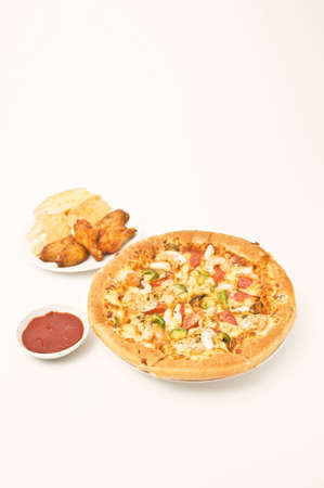 pizza and chicken ving