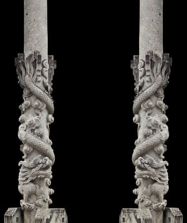 chinese courtyard: dragon stone pole, Chinese architecture built into the temples in Thailand