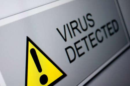 virus informatico: Primer plano de Virus Detectado sesi�n en la pantalla LCD