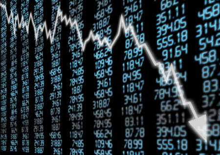 crisis economica: Mercado de Valores - Gr�fico flecha que va hacia abajo en la pantalla azul