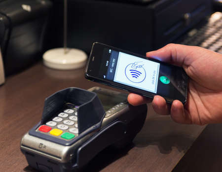 nfc: The new way to pay  NFC payments via mobile phone, etc Editorial