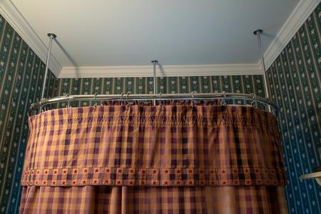 Bathroom Interior Bathtub Curtain Archivio Fotografico - 118071361