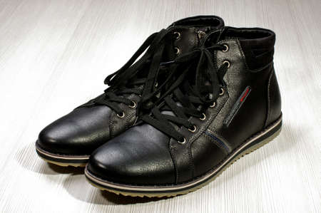 foot gear: Black shoes