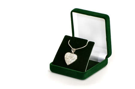 jewelle: Love symbol