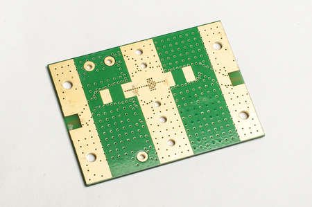impedance: Electronic printed circuit board bottom layer
