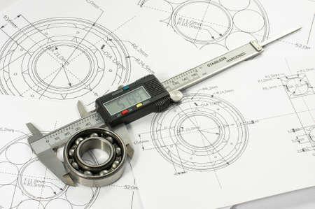 Roulement et étrier sur le dessin de génie mécanique