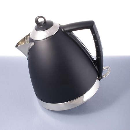 bouilloire électrique moderne isolé
