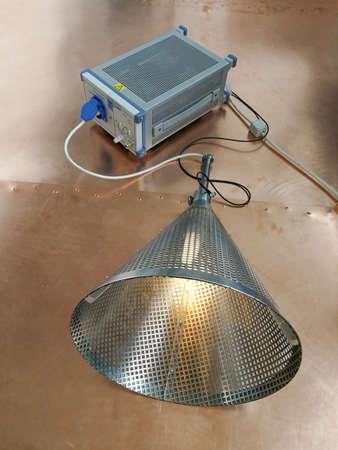 Special equipment for fluorescent lamp EMC testing according CISPR 15 standard