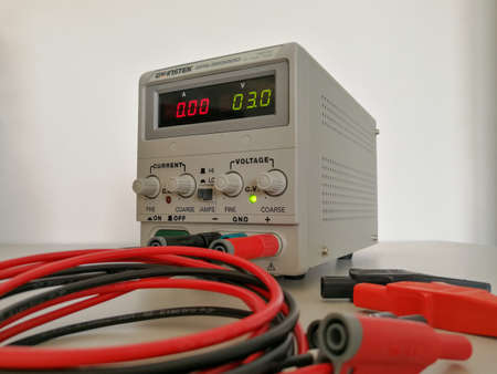Precise variable voltage and current power supply used in prototyping and engineering 版權商用圖片