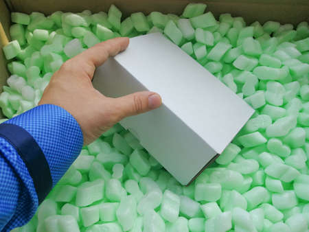 Loose fillers many soft chips in the parcel box for professional shippment protection