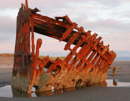 beached: shipwreck  Peter Iredale   Beached in 1905   Fort Steven
