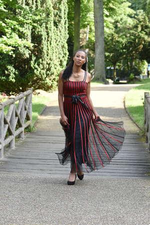 metis: young metis woman in love in paris