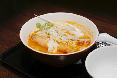 bean sprouts: Spicy shrimp noodle with fresh bean sprouts
