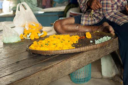 winnowing: Graybeard make garland asia style
