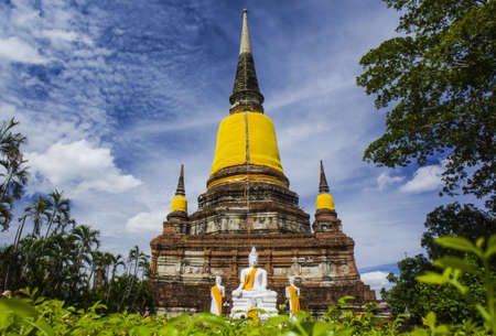 Wat Yai Chaimongkol, Ayutthaya, Thailand photo