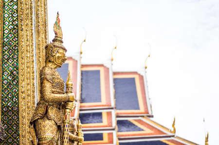 pra: Giants statue at wat pra keaw in Bangkok Thailand