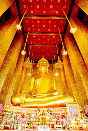Bhuddha in wat kalyanamit Bangkok Thailand