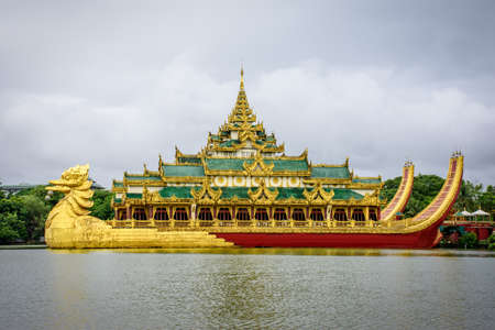karaweik palace hotel in kandawgyi lake, yangon, myanmar Stock Photo