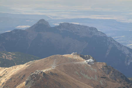 giewont: Poland Slovakia, Tatra Mountains, Kasprowy Wierch and Giewont peaks, seen from Świnica peak  south  Stock Photo
