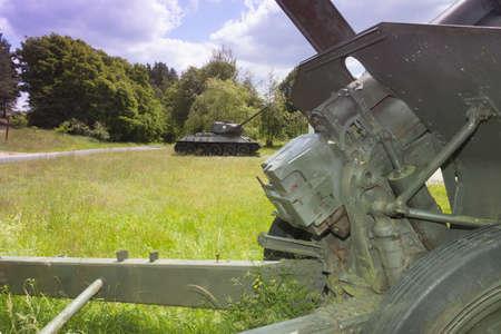 Polonia, Zachodniopomorskie, Zdbice, WW II Military Gear Open Air Museum, cannoni e serbatoio, l'ex Pommernstellung, Posizione Pomerania
