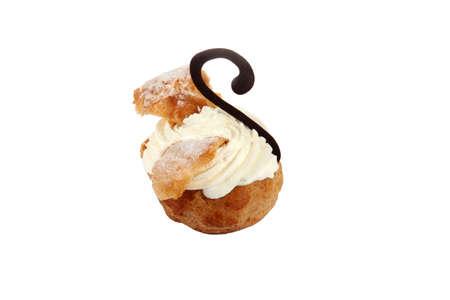 cream puff: cream filled pastry