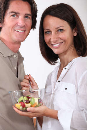 A couple sharing a salad. Stock Photo - 10854544