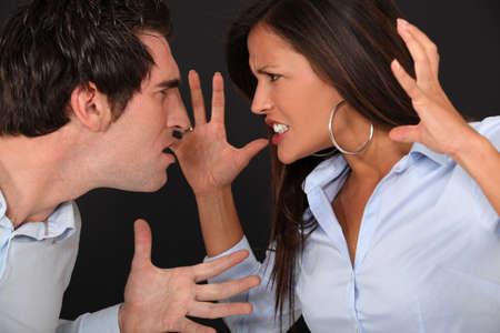 personas discutiendo: Par tener argumento Foto de archivo