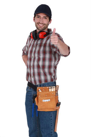 commend: Handyman giving the thumb