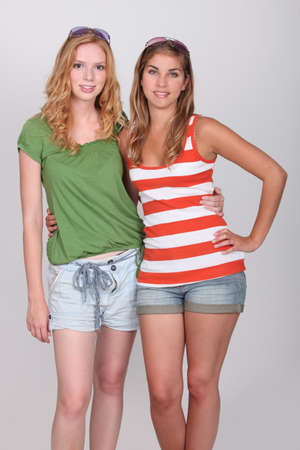 16 17: Teenage girls