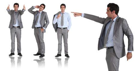języki: Człowiek w dwuczęściowym kostiumie szarym uderzając różnych pozach