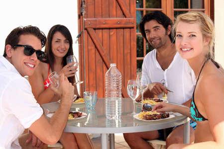 alfresco: Young people eating alfresco