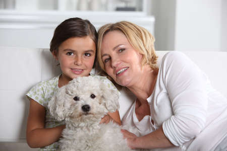 6 7 years: Mother, daughter and the dog