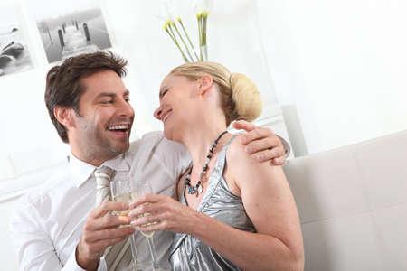 haciendo el amor: Pareja celebra