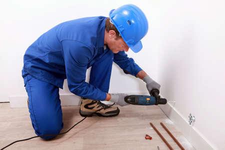 calzado de seguridad: técnico de calefacciones Foto de archivo