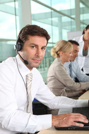 technical support: telesales worker