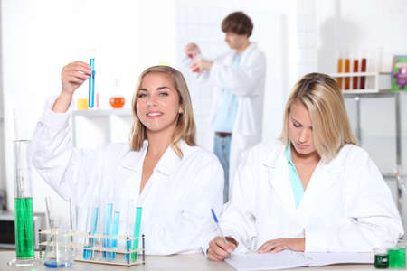 16 17 years girl: Chemistry lesson