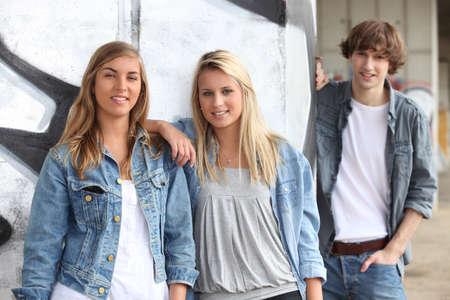 graffiti brown: Teenagers