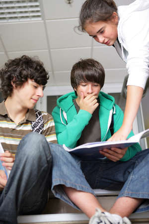 studding: teenagers at school Stock Photo