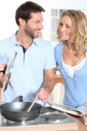 35 39 years: couple cooking